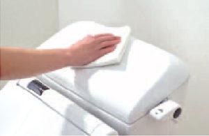 陶器製タンク式トイレ